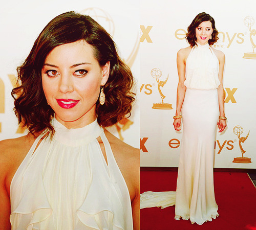 Aubrey Plaza arrives at the 63rd Annual Primetime Emmy Awards  on September 18, 2011 in Los Angeles,  California.