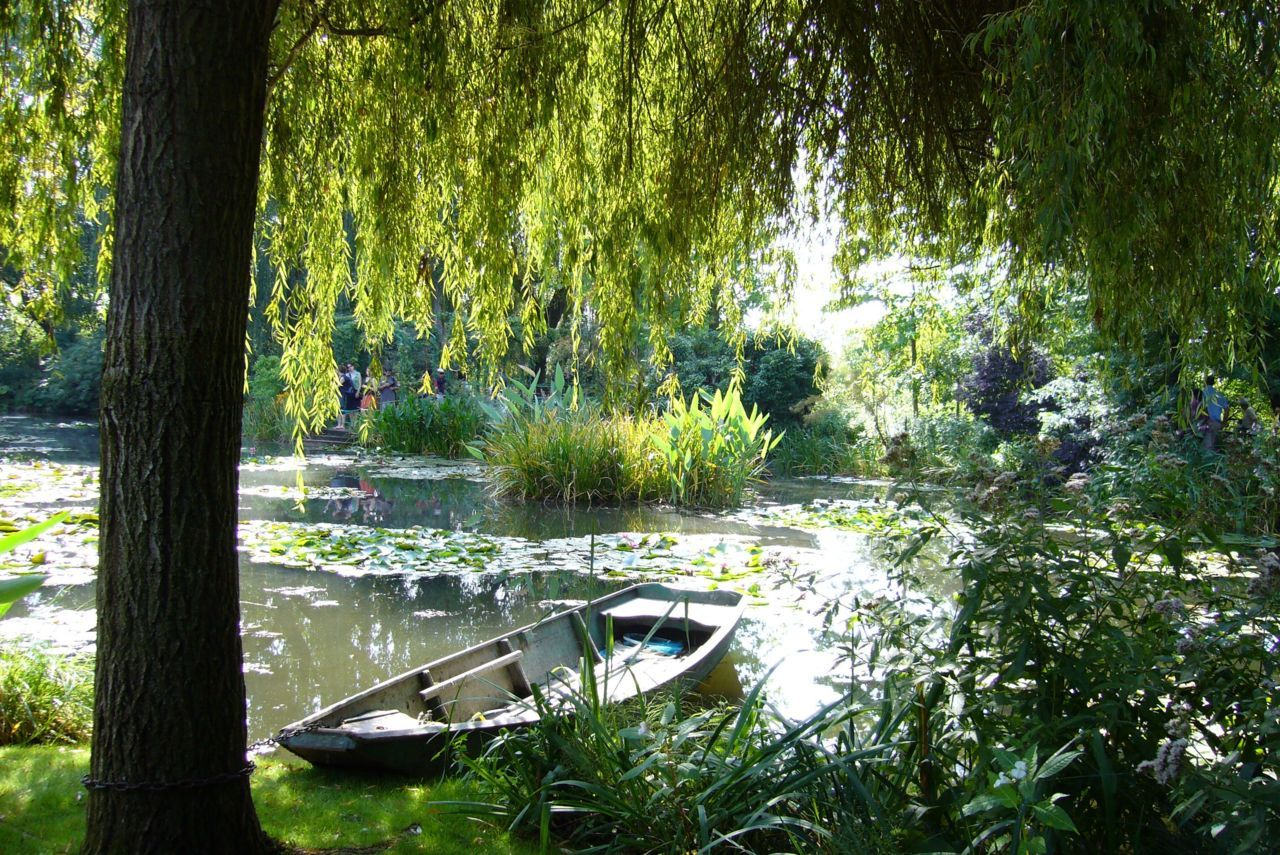 Claude Monet's garden at Giverny,2011 © yama-bato