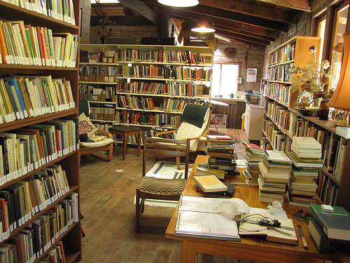 Library, Hermitage of St. Bernardine, Stroud, New South Wales. (photo by Friar's Balsam)