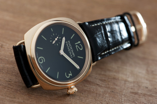 watchs:  The new PAM337 is such a nice Radiomir in rose gold. At merely 42mm, it's a larger gold watch that isn't too much in your face.