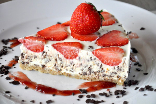 strawberry and chocolate chip cheesecake (no-bake) click here for recipe