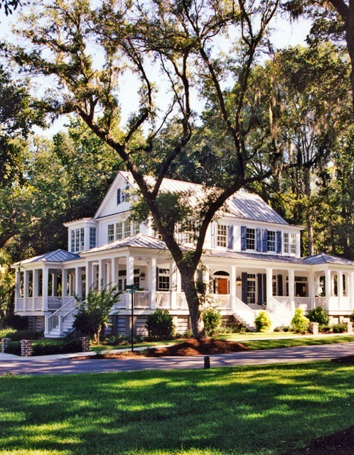 csebastian:  Yes, please. more info: Carolina Island House - Coastal Living | Southern Living House Plans // sjloves:magnoliamerryweather:sweetsoutherndrawl:gatherlove  This, this is the house I want.