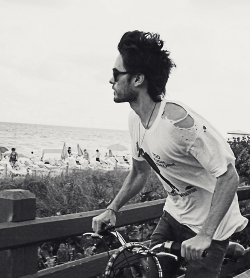 jared. bicycle. beach. perfect.