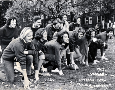 thelicentiate:  Vassar 1962 girls touch football team