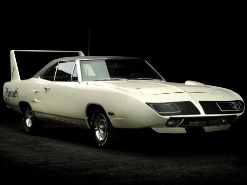 1970 Plymouth Road Runner Superbird  Now THAT is a spoiler!