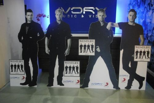 Perfect to add on your Westlife Shrine :)