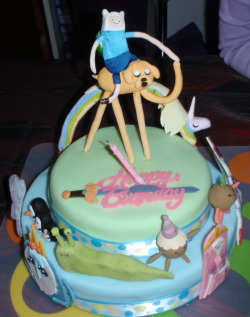 jakethedogsblog:  For my 18th my sister made me an Adventure Time cake, she even made little characters to stand around it.I thought it would be nice to share this with you guys c:  OMGOMGOMGOMG