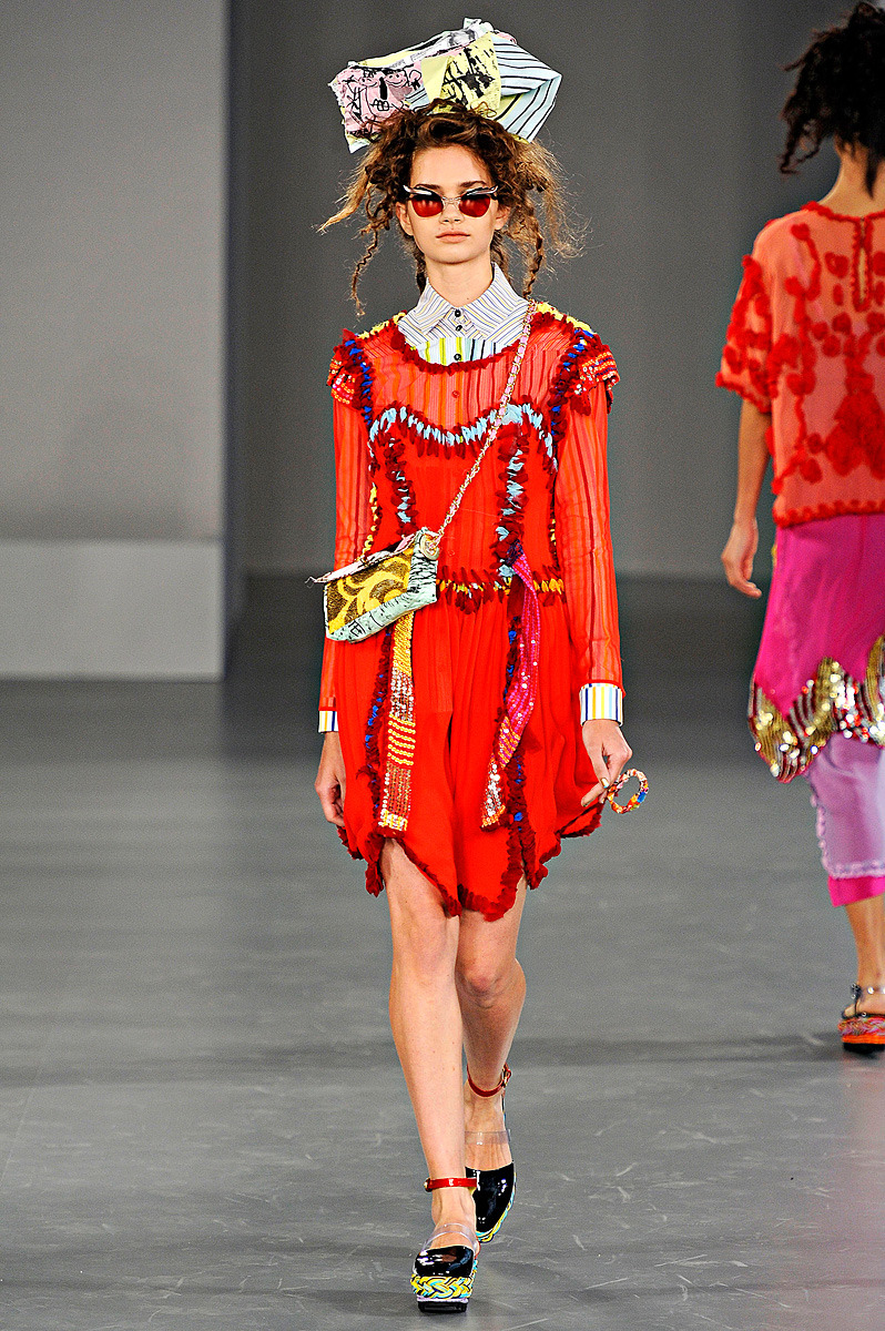 Louise Gray Spring 2012 Photo: Marcio Madeira/firstVIEWVisit Vogue.com for the full collection and review.