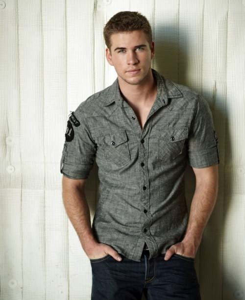 Liam Hemsworth joins The Expendables 2 His older brother Chris will be appearing next year as Thor in Joss Whedon's The Avengers, and now Liam Hemsworth has landed a role with his very own bunch of 2012 beefcakes. Liam joins Sylvester Stallone, Bruce Willis, Arnold Schwarzenegger, Jason Statham, Jean Claude Van-Damme, Chuck Norris and Randy Couture in Expendables 2, an action-sequel so masculine it could probably make men pregnant. [FOR THE FULL STORY, CLICK ON LIAM OR FOLLOW THIS LINK]