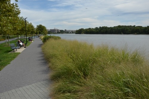 A great photo tour of the newly-completed Georgetown Waterfront Park, via The Georgetown Metropolitan.