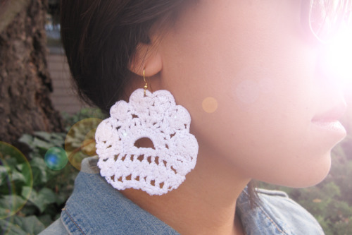 Must make these DIY lace earrings from Honestly, WTF…right away!