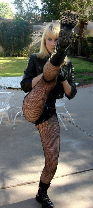 Kate McCullough as Black Canary Kickin' Ass! Submitted by Kate McCullough