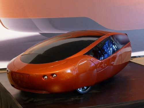 The World's First 3-D Printed Car  Fast Company has an exclusive look at the sexy 200 mpg super-light Urbee hybrd!