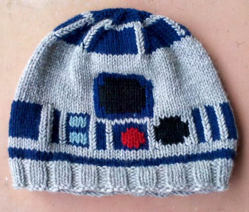 oliphillips:  R2 D2 Knitted Hat by EricaKnit