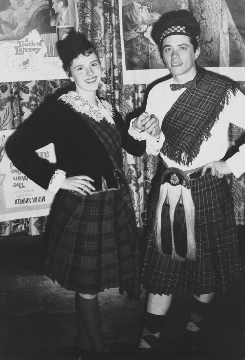 UChicago students on a kilted date to the Beaux Arts Ball, 1962.