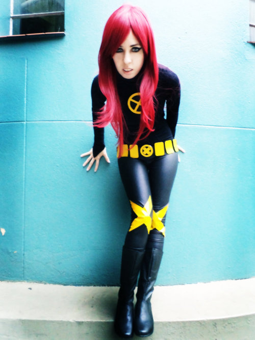 geeksintights:  Jean X-Men by ~lulysalle