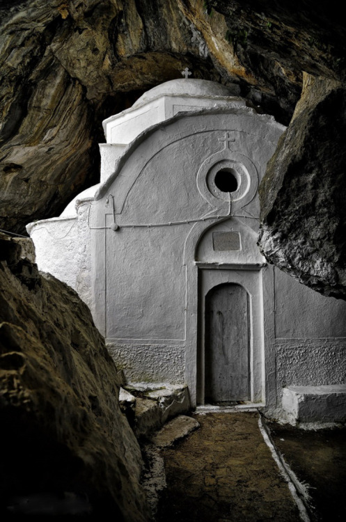 elladaa:  ~~ Παναγία η Μακρινή ~ Σαμος  ~~  ~~ Panagia i Makrini ~ Samos  photo by  Nikos Chatziiakovou