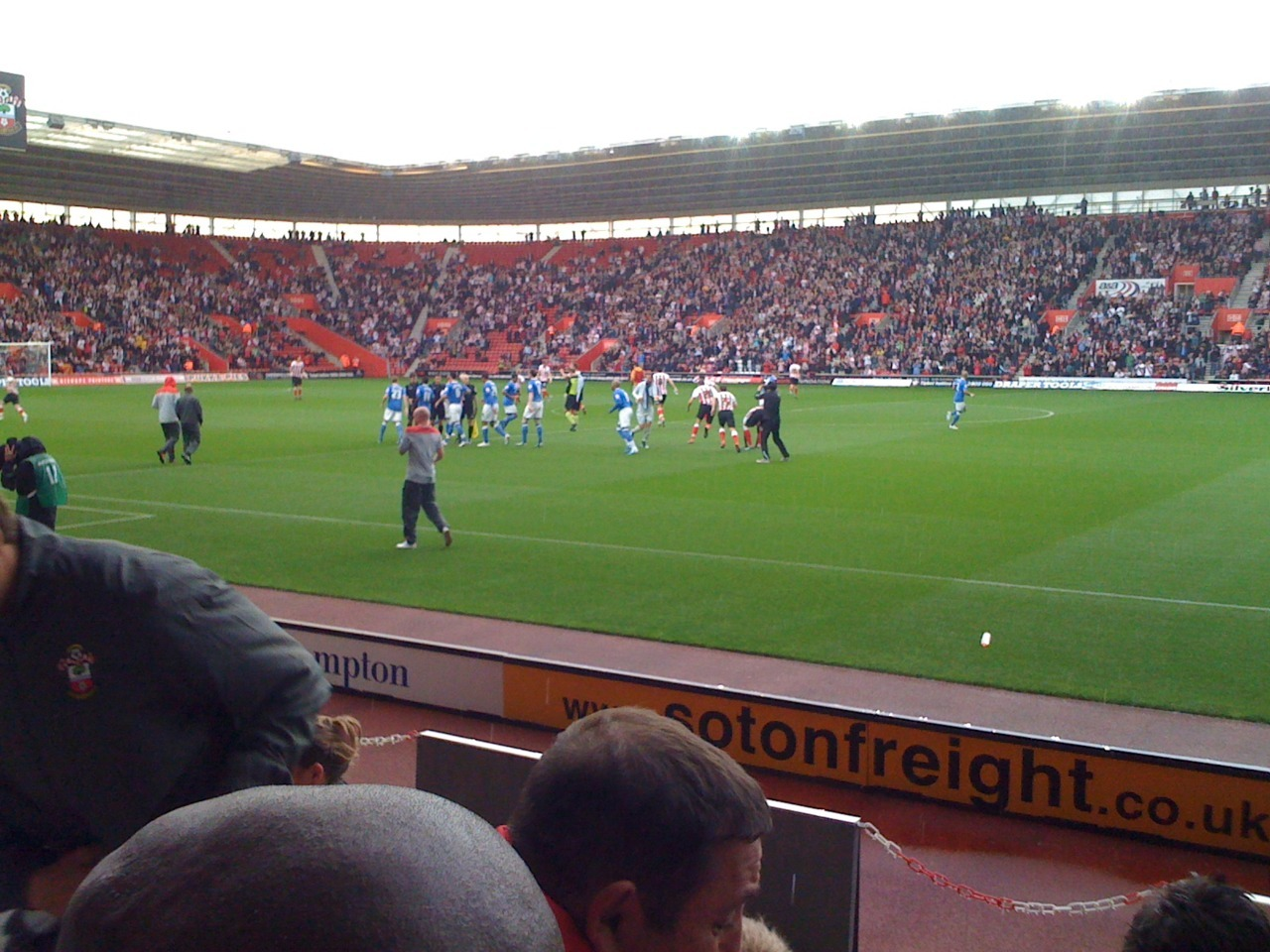 Activity: Saints v Birmingham City Rubbish photo, but I went to go and see Saints v Birmingham City, sitting in my friend's great seats (it's good knowing someone who works there). First time seeing Saints this season, hopefully the first of many. Really good game, finished 4-1 to Saints :) 18/9/11