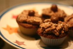 Food: Nutella cupcakes Although these look at taste pretty damn good, they are literally nothing like I imagined. Firstly, the cakes themselves kinda collapsed on themselves (what the hell, new cooker?!) and then the icing was nowhere as light and fluffy as it should have been as I do not have an electric mixer or an amazing amount of arm power! However, here are chocolate cakes made with Galaxy hot chocolate powder, Nutella frosting and a Malteser on top. http://mybakes.co.uk/posts/recipes/nutella-cupcakes.aspx 20/9/11