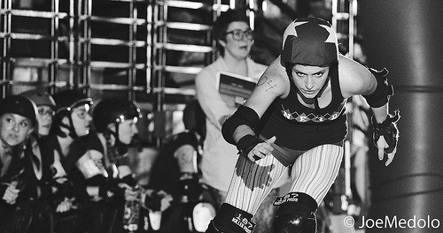 fuckyeahrollergirls:  (by Photeau Joe)  yes. that look of determination.