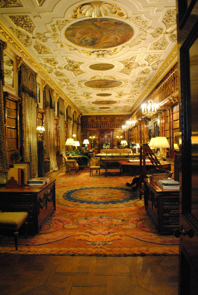 cosplayasacouch:  bookmania:  The library at Chatsworth House in Derbyshire. (by zawtowers)  omfg