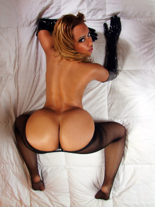 allabouttheass:  The look back