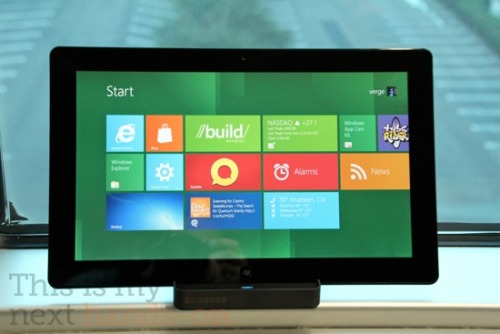 Microsoft jettisons Flash with 'plug-in free' Windows 8 Metro IE10 The IE  team examined the top 97,000 sites around the world, determining that,  of the 62 percent of those sites that use Flash, many of them already  have an HTML5 option as well.