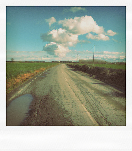 Countryside Road (with clouds) (by el_rapsoda_mut)