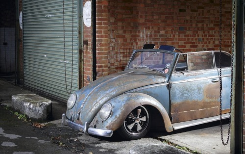 fablesdelacomtesse:  A very early (1953) VW ragtop. Looks a mess but fully restored underneath … Mental !