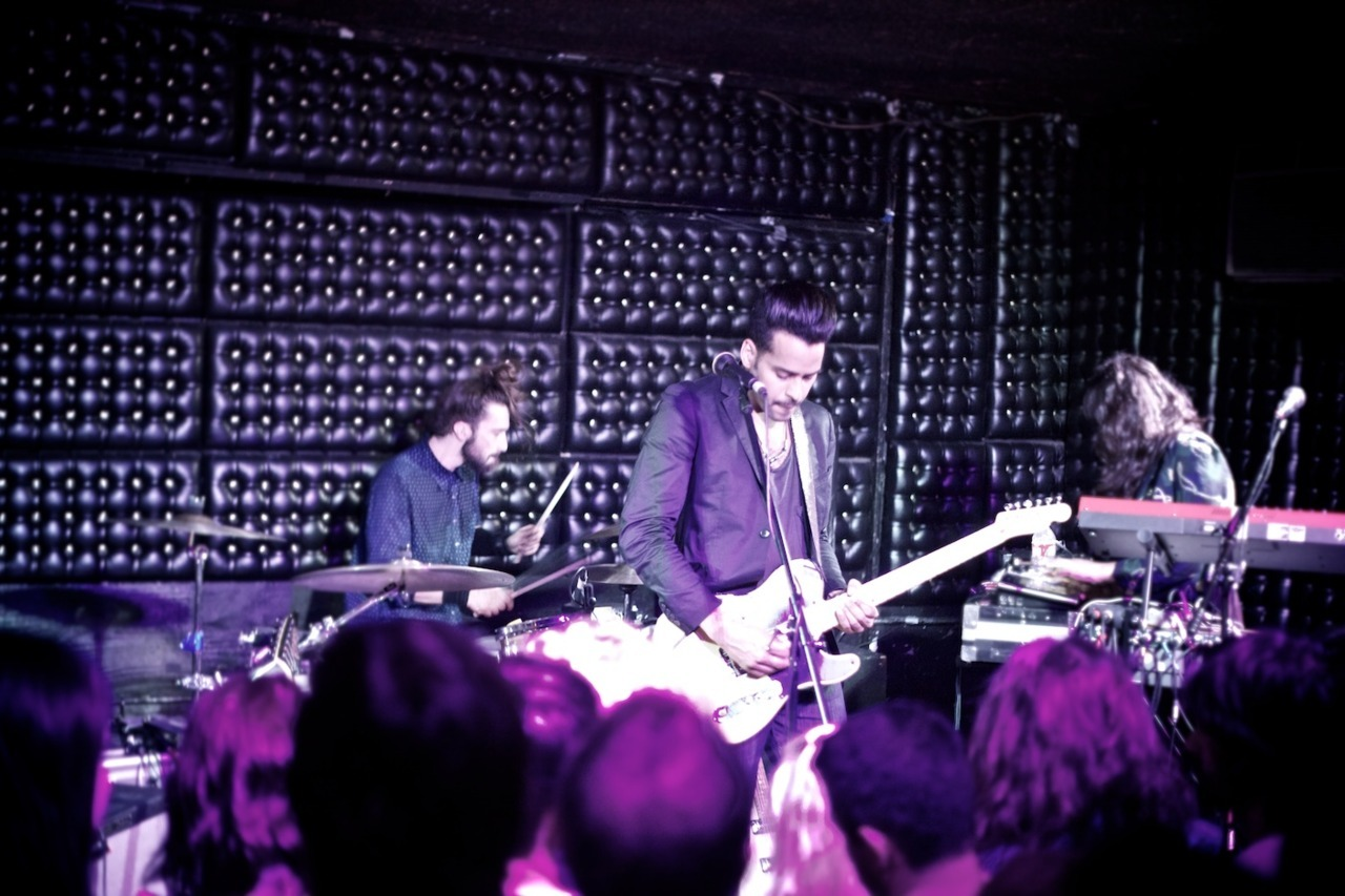Tonight, Twin Shadow played a sold out show at The Casbah in San Diego. Of course we didn't buy tickets ahead of time, but thanks to the wonders of social media all of us were able to get in for free. Because of Ben's tweets focusing on the lack of tickets, Mr. Shadow himself came out to meet us and then put us on the guest list. We had a great night thanks to the Shadow with his music as the soundtrack.