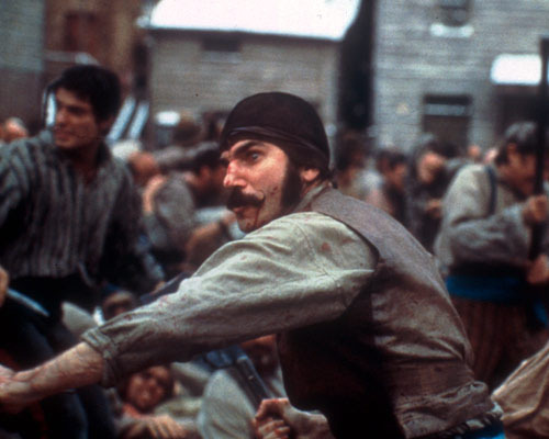 40 Most Violent Movie Fights 9. Gangs Of New York (2002) The Fight: The Dead Rabbits and the Natives meet on the battlefield. Daniel Day-Lewis' Bill the Butcher lives up to that name by slicing his way through swathes of his enemies.  Look Away When: Bill comes face-to-face with Priest Vallon (Liam Neeson) and digs a blade right into him. Shucks.[FOR 39 MORE VIOLENT MOVIE FIGHTS, CLICK ON BILL THE BUTCHER OR FOLLOW THIS LINK]