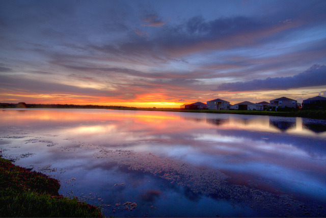 mikebaron:  The frozen lake on Flickr. A beautiful Florida sunset…