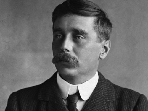 discoverynews:  Happy Birthday, H.G. Wells. Here's a look at how Wells' fictional visions became 21st-century reality. For one, the title of one of his books foretold one of the greatest technological achievements in the history of humankind: landing men on the moon. Read more