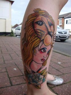 fuckyeahtattoos:  This is my Luna Lovegood inspired tattoo. I love Harry Potter and wanted to get something that shows that, but in a different style. My friend Max did this tattoo for me and he couldn't have done it more perfect! It took 4 hours (maybe longer) and I was in agony, but it was definitely worth the pain :)
