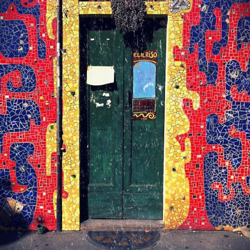 Arabic #door #porta #wood #milan #colour #red #yellow #streetphotography #picoftheday #jj #jj_fam #ehw #teg #iPhone #iphone4 #iphoneonly #iphonesia #onlyiphone #instagramers #instagrams #ig #igers #italy #igitalia #igmilan #ignition #street #open #closed #entrance #exit #in #out #sidewak #afternoon #milanofashonweek (Taken with Instagram at Milano)