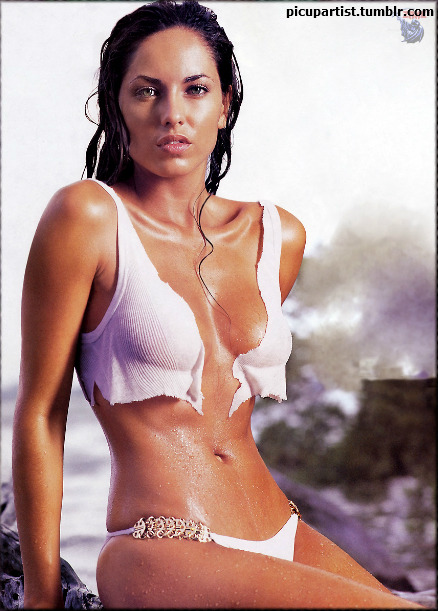 picupartist:  Barbara Mori  She really looks like Megan Fox in this one