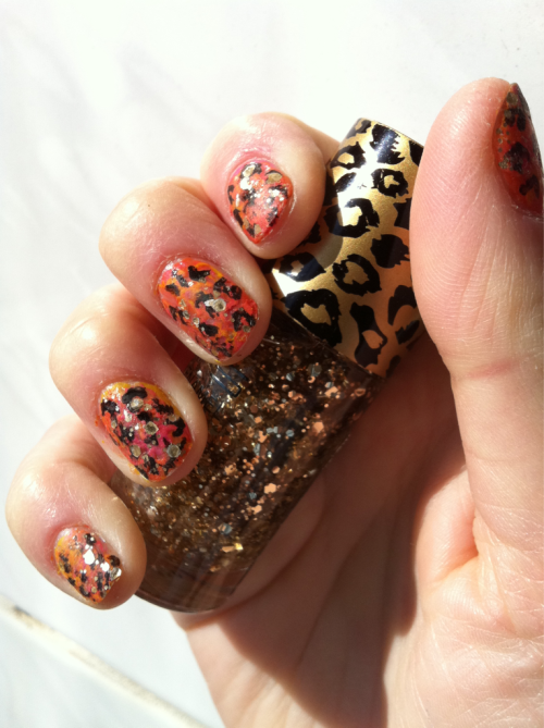 Mottled orange, yellow and pink cheetah print with gold glitter :))