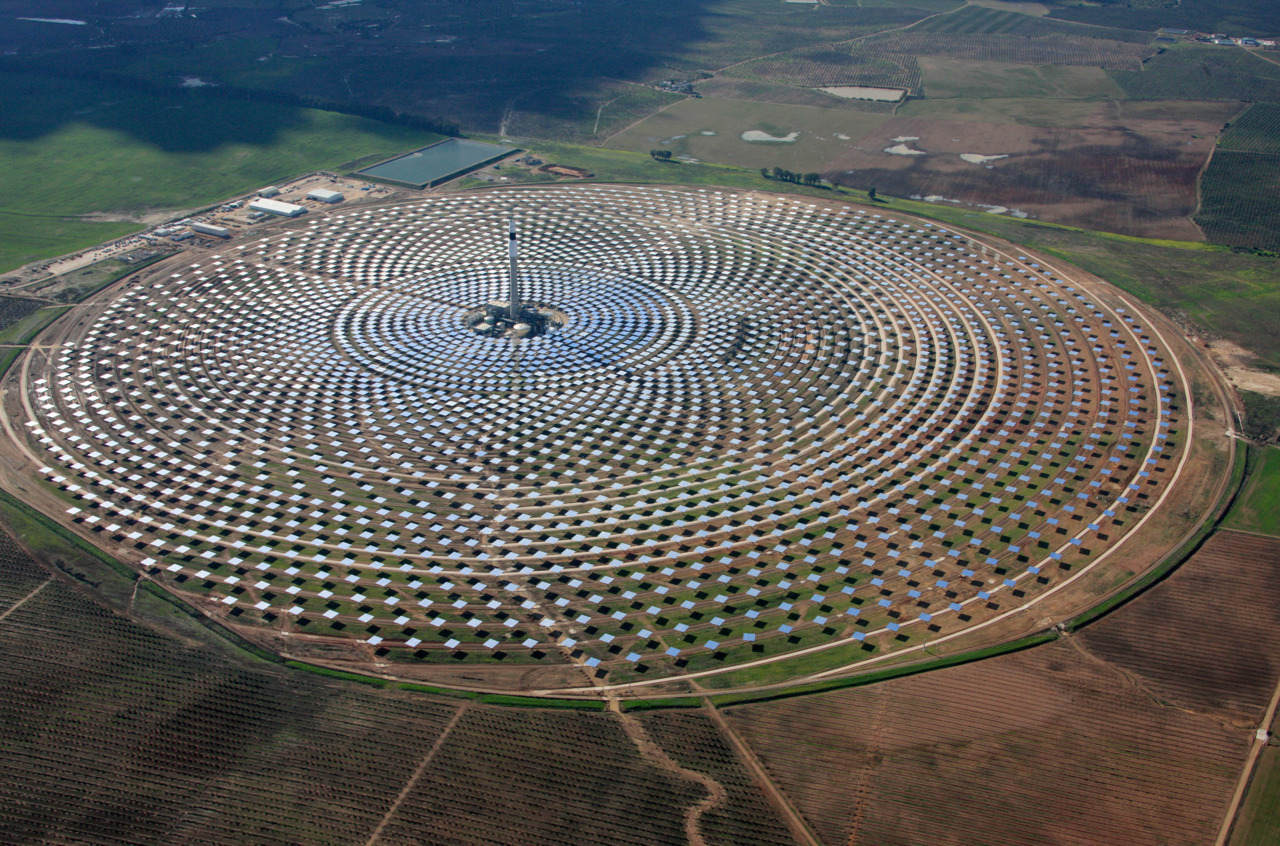 SUBMISSION: Gemasolar solar power plant, near Seville in Spain.
