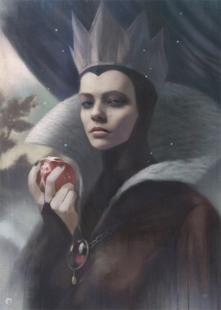 viasantamaria:  hello-zombie:   the evil queen from snow white and maleficent by tom bagshaw  wowowowowee