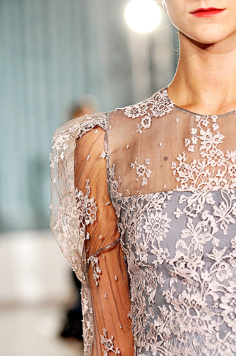 This is just seriously too pretty, guys. (via Erdem Makeup, London Fashion Week S/S 2012)