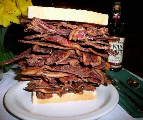 danniedarling:  samanchablake:  Who loves bacon?  Is this a legit sandwich??? if so WHERE THE HELL IS IT??>.<