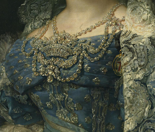 jaded-mandarin:  1830 María Cristina by López y Portaña - bodice ornament.  So ornate yet not gaudy. This woman knew how to dress.