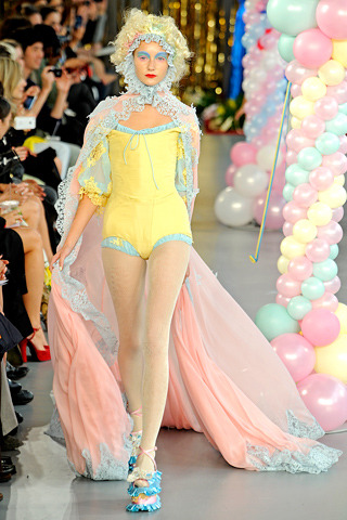 THE PERFECT STYLE IN MUSHILAND. MEADHAM KIRCHHOFF SPRING/ SUMMER 2012 SHOW.