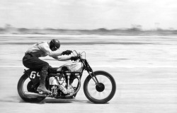 PHOTOGRAPHY OF BOB MAGILL | EPIC IMAGES OF AMERICAN MOTORCYCLING Read more…