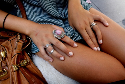 p-earls:  lunalize:  lovely rings  so tan