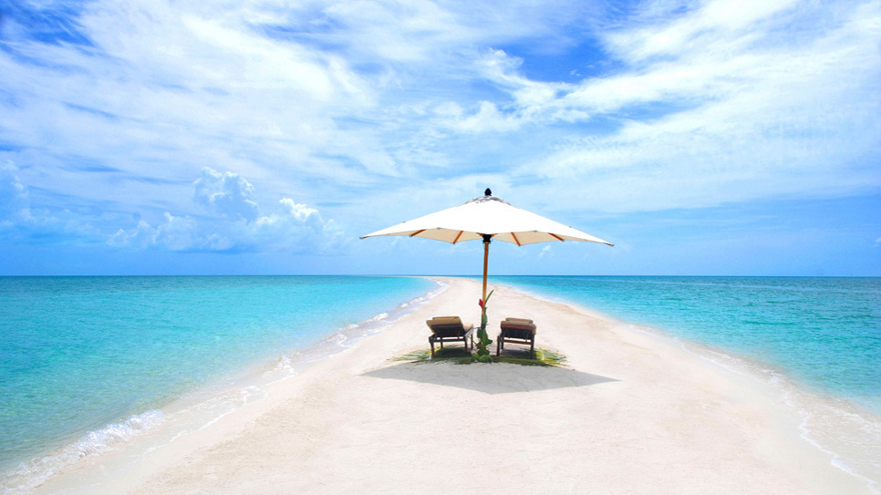Today's Daily Escape is a gorgeous one… Musha Cay, in Exuma, Bahamas.