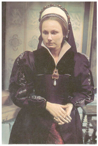 Angela Pleasence as Katherine Howard