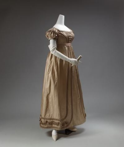 Silk Evening Gown with Detachable Sleeves, Metropolitan Museum, 1819-1823