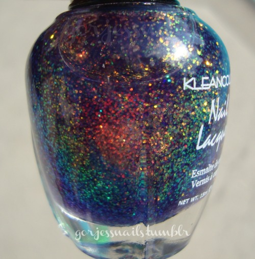The beautiful bottle.. ♥ Kleancolor- Chunky Holo Bluebell.♥