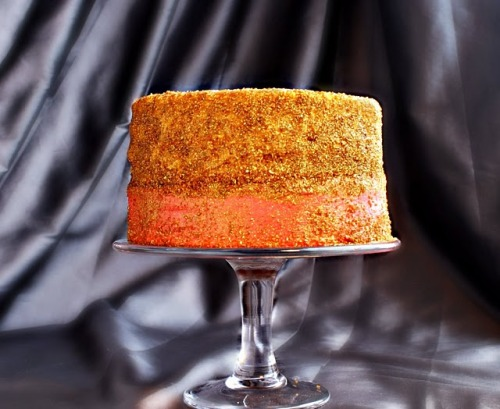 Adorable Recipe of the Week: Pink Champagne Glitter Cake (inspired by these Miu Miu shoes!) h/t Erica L.